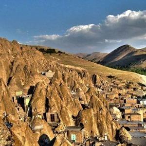 قرية Kandovan Troglodyte في شرق أذربيجان