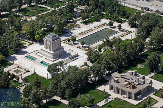 قبر الفردوسي - مشهد