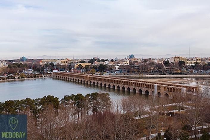 Si-o-se-pol Bridge in Isfahan
